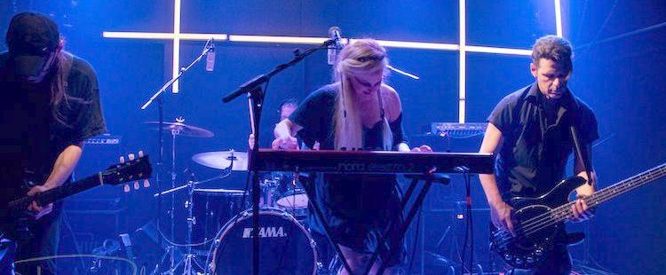 Lia Hide & Fοam - Live @ Six D.o.g.s., Athens