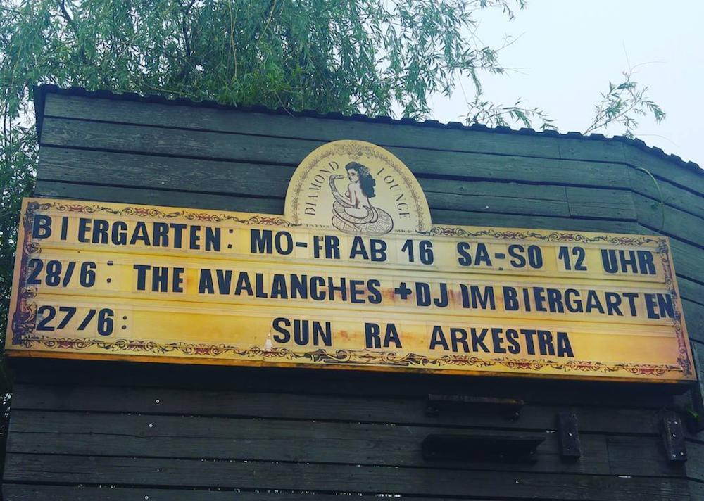 LIVE/170628-avalanches-festsaal-kreuzberg-berlin/the-avalanches-live-festsaal-kreuzberg-berlin-review-03.jpg
