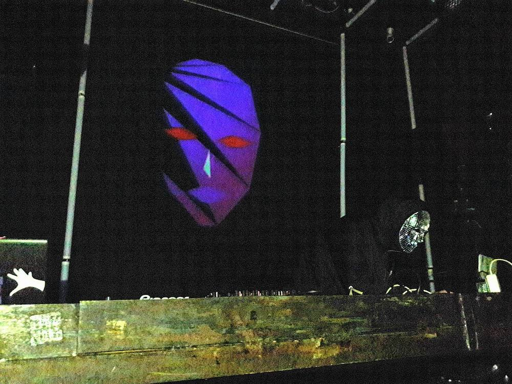 blank-banshee-live-six-dogs-athens-review-03