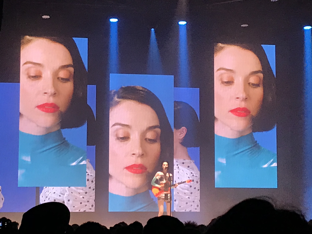 st-vincent-live-le-trianon-paris-review-01