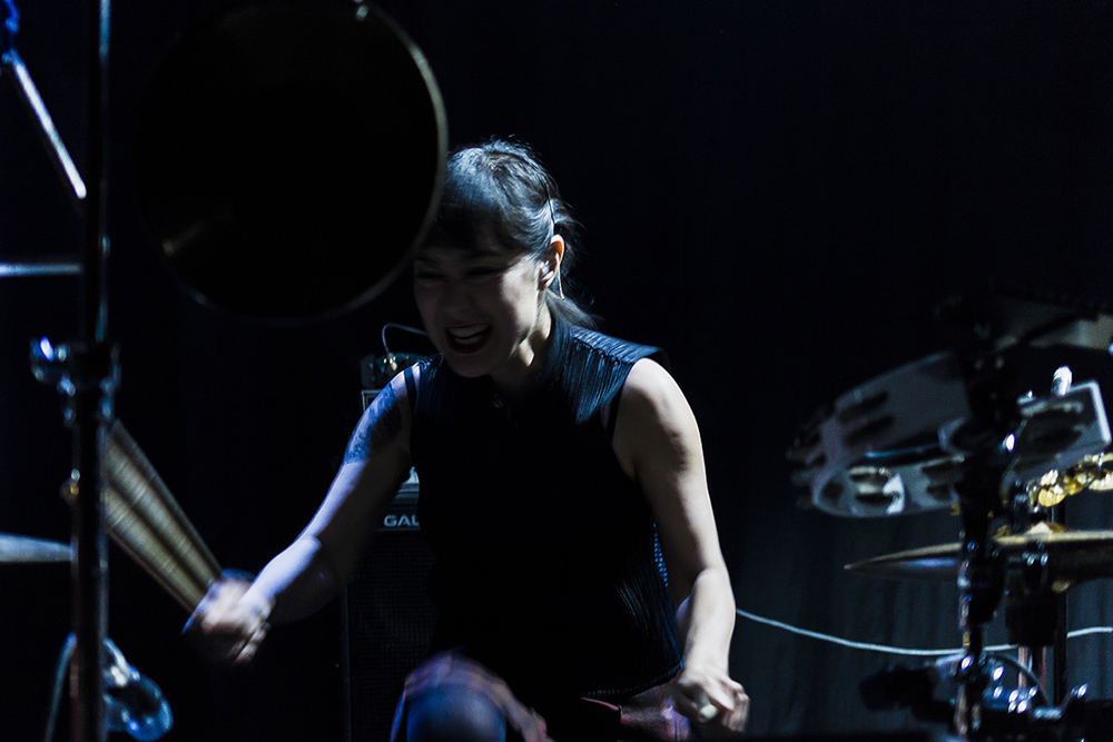 LIVE/171121-xiu-xiu-temple-review/171121-xiu-xiu-temple-review-07.jpg