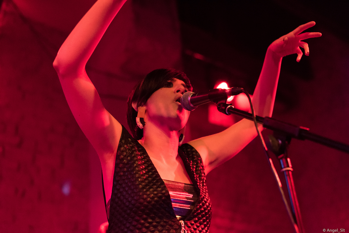 marva-von-theo-glass-rebel-live-romantso-athens-review-08