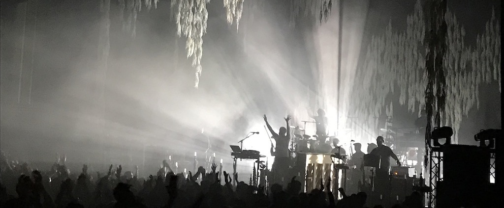 Bon Iver - Live @ Eventim Apollo, London