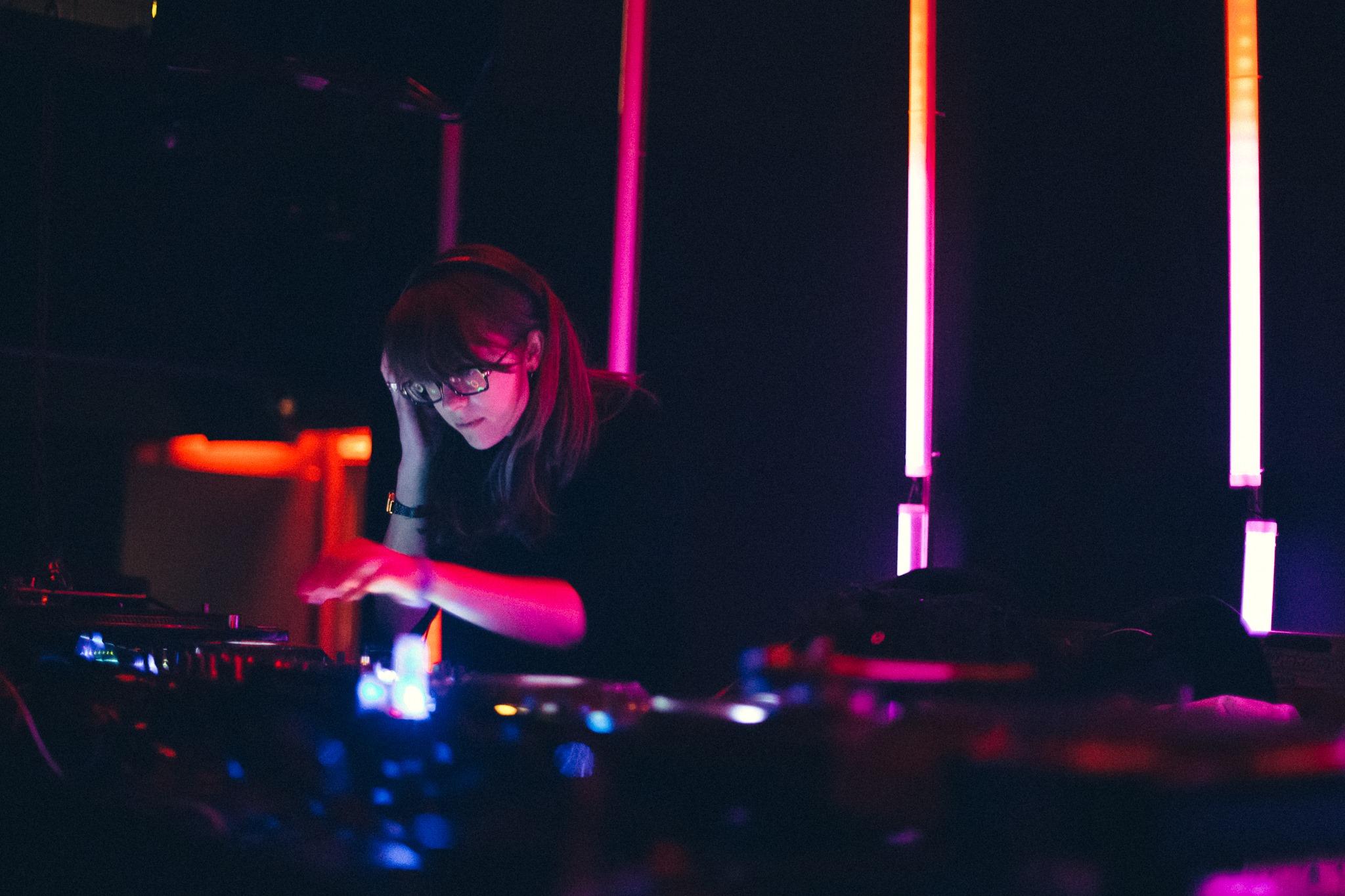 Avalon Emerson - DJ Set @ Six d.o.g.s., Athens