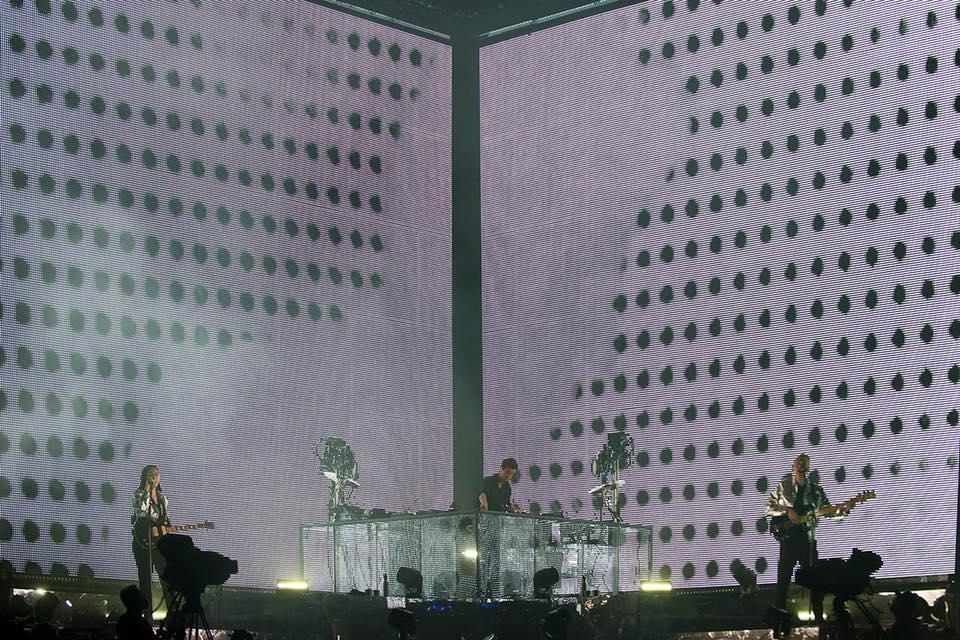 the-xx-live-bilbao-bbk-live-spain-review-02