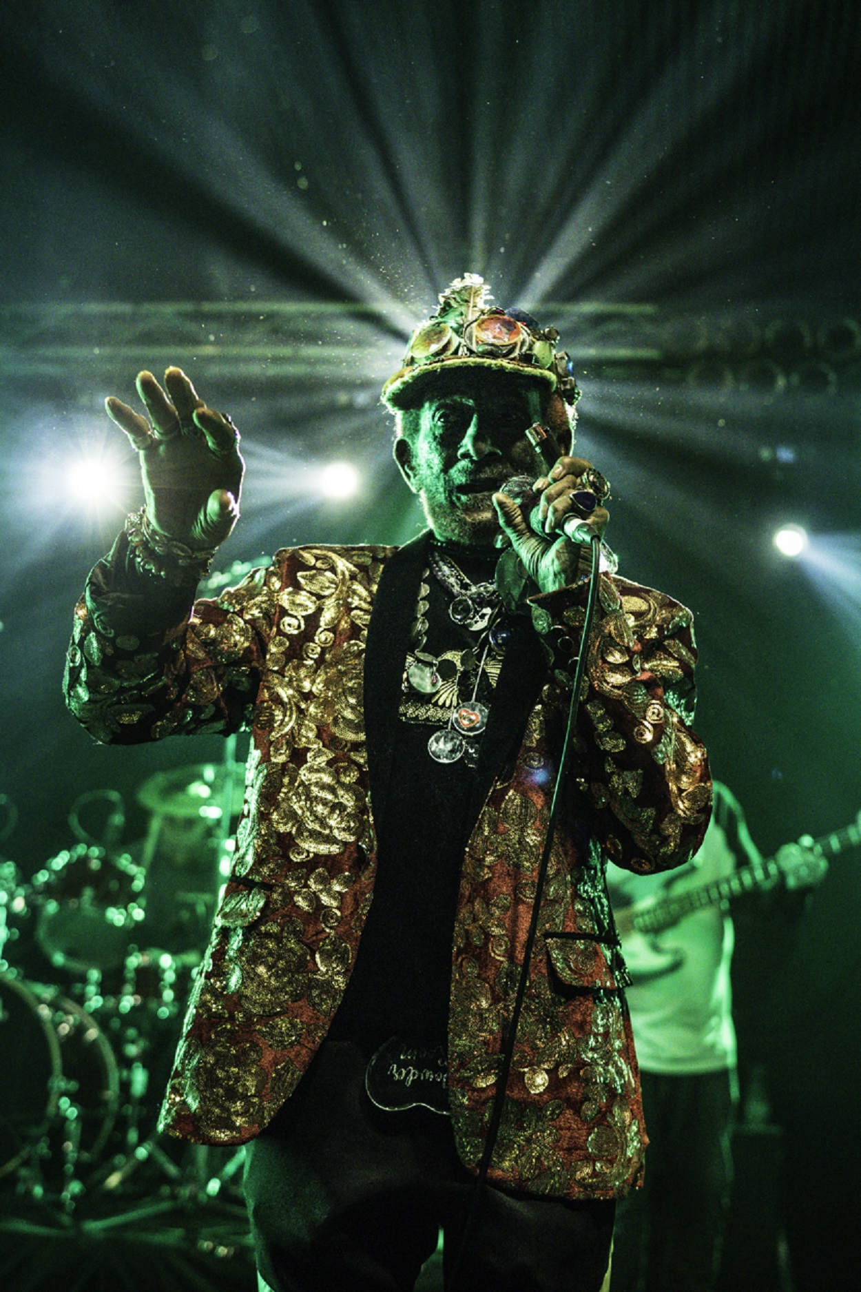 LIVE/190404-lee-scratch-perry-but-madrid-review/190404-lee-scratch-perry-closeup3.jpg