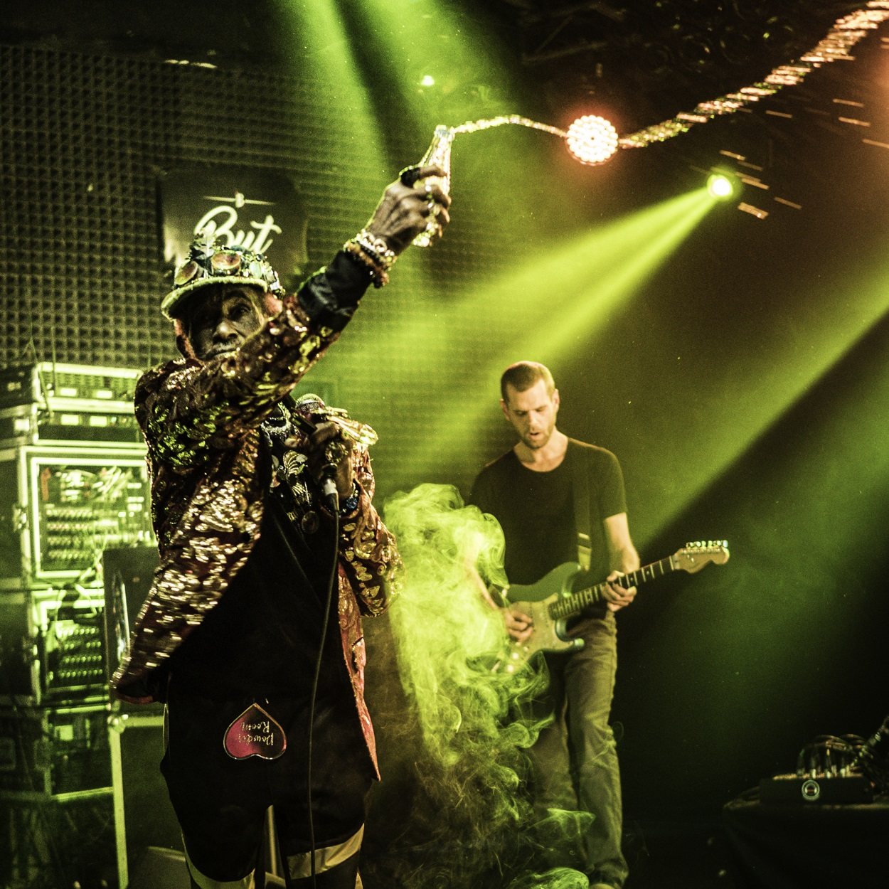 LIVE/190404-lee-scratch-perry-but-madrid-review/190404-lee-scratch-perry-water.jpg