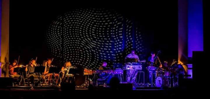 LIVE/clubtoclub-2015-torino/151105-c2c-torino-2015-floating-points-04.JPG