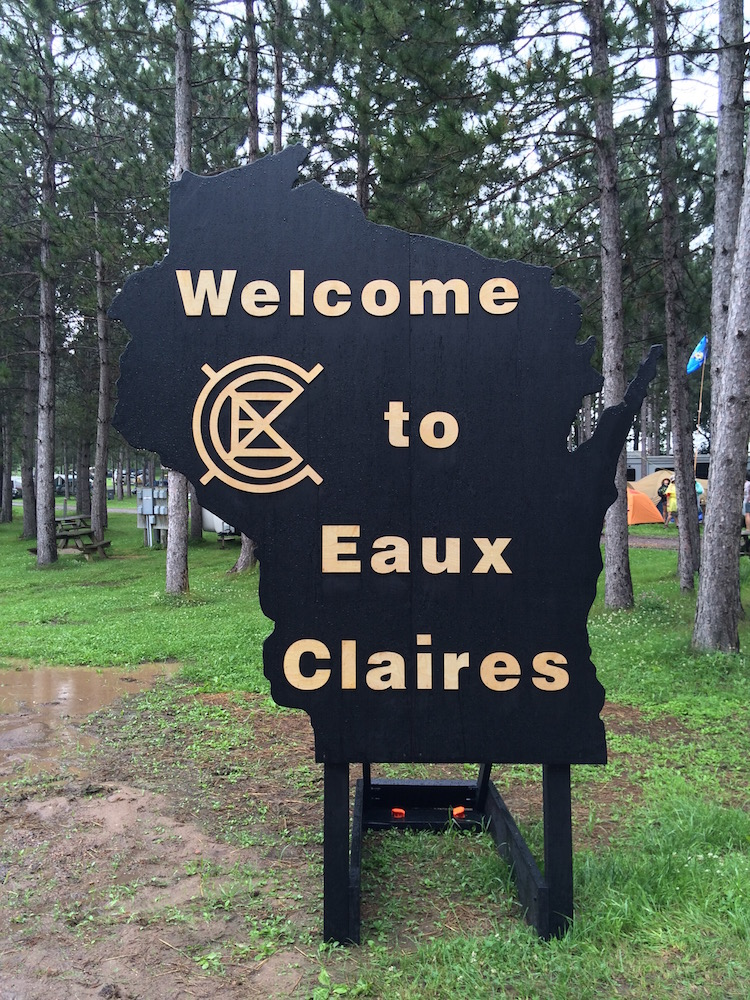 LIVE/eaux-claires-wisconsin-us-2015/day-0/eauxclairesday0 - 7.jpg