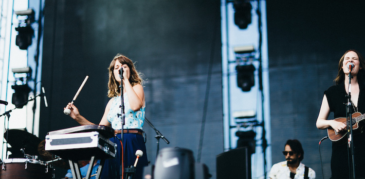 LIVE/eaux-claires-wisconsin-us-2015/eauxclairesday1-staves1.jpg