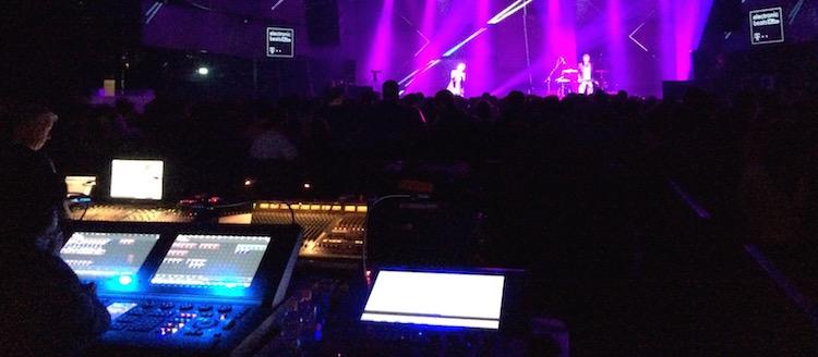 LIVE/james-blake-budapest-2014/eb-budapest-zoot-woman4.JPG