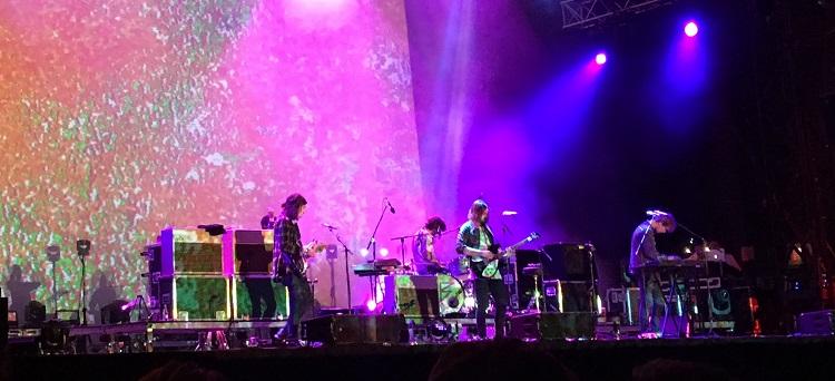LIVE/primavera-2016-barcelona/160602-primavera-2016-47-tame-impala.JPG