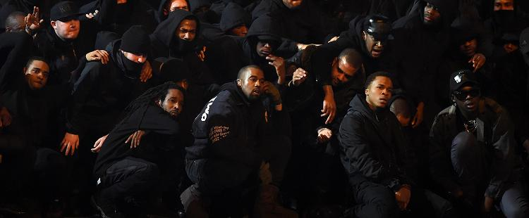 Kanye West - All Day (live at BRIT Awards)