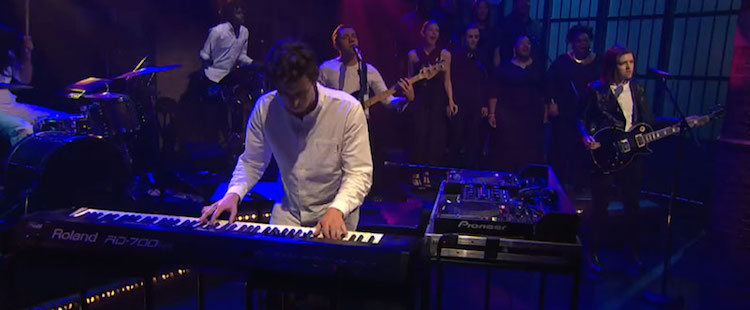 Jamie xx - Loud Places (Live @ Late Night with Seth Meyers)