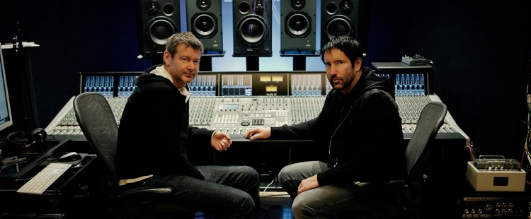 Trent Reznor & Atticus Ross - A Minute To Breathe