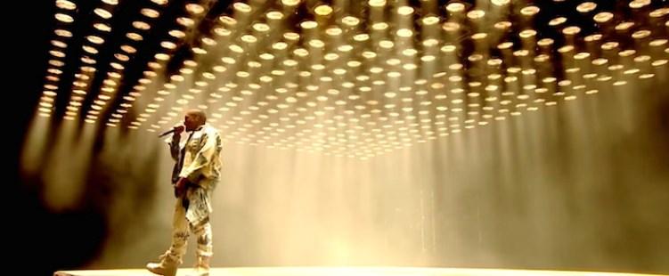 Kanye West – Νέο βίντεο και όλο το live στο Glastonbury
