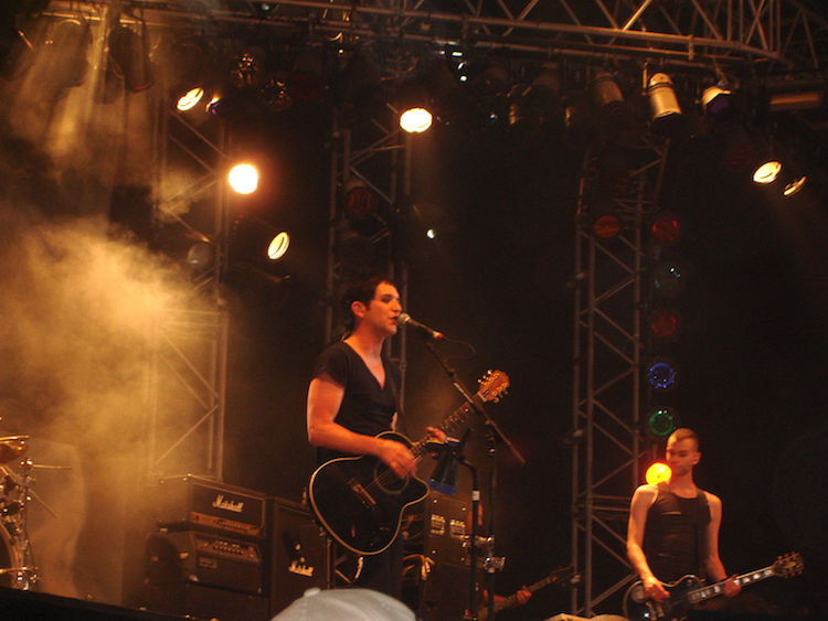 news/placebo-strike-twenty-plus-one-years-01-ros.JPG